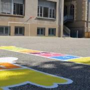 école primaire marelles colorées