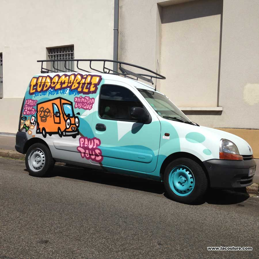 graffiti_lyon_vehicule_11